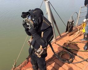 水下打捞施工作业